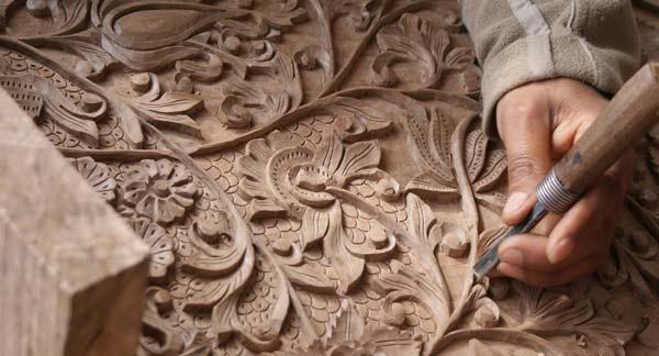 آموزش معرق کاری چوب در اصفهان